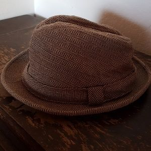 5d2a455ee57 vintage wool London Fog fedora